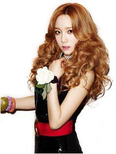 #snsd #taeyeon #twinkle <3