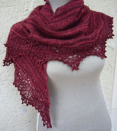 Ravelry: Shawl châle Naive pattern by Liz Darcy free until 31 March 2015. French/English.