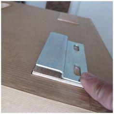 Accrocher un meuble au mur