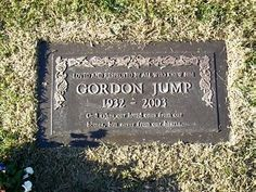 "Gordon Jump (1932 - 2003) He played Arthur Carlson on the TV series ""WKRP in Cincinnati"", later he took over the role of the Maytag repairman in the Maytag commercials"