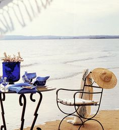 breakfast on the beach, totally works for me. Coastal Cottage, Coastal Living, Beach Fun, Summer Beach, Summer Waves, Breakfast On The Beach, Water Element, Summer Feeling, Outdoor Dining