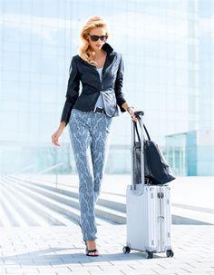 Egal zu welchem Anlass und in welcher Kombination: die Lederjacke bringt Glanz in jeden Look!