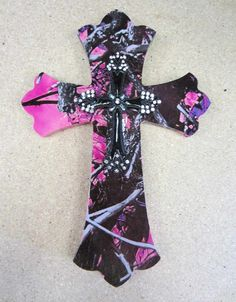 camo and bling Crosses