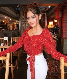 Lovely Girl Image, Cute Girl Photo, Baby Girl Party Dresses, Sr K, Teen Celebrities, Stylish Girl Images, Crop Top Outfits, Western Outfits, Indian Outfits