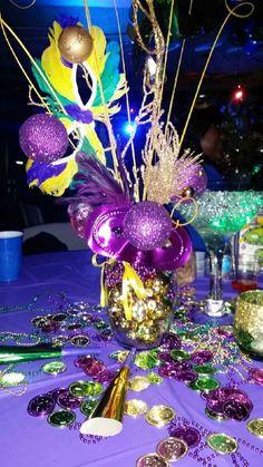 Mardi Gras Party Centerpiece #fun #theme