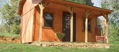 At RideRoyalBlue.com ATV Guest Resort, we want your family to enjoy an amazing trip and a relaxing vacation. That's why we offer cabins in beautiful Campbell County, TN that are comfortable, clean and well maintained. Our lodging makes for light housework, so you can focus on the fun while you're here!