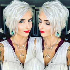 Cool short pixie blonde hairstyle ideas 39