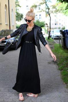 Looks like . Daily Fashion, Everyday Fashion, Spring Fashion, Fashion Photo, Leather Jacket Outfits, Fashion Outfits, Womens Fashion, All Black, Cold Shoulder Dress