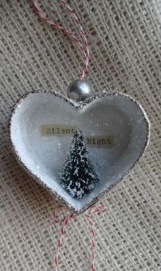 Silent Night Ornament Delight in Plaster, Delight in The Se Christmas Ornaments To Make, Homemade Christmas, Christmas Projects, Winter Christmas, Holiday Crafts, Vintage Christmas, Christmas Holidays, Christmas Decorations, Christmas Ideas