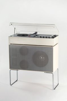 Dieter Rams, Audio 1 Radio Phonograph, model TC 40 with Speaker L 50, 1962. Braun, Germany. Audio 1: The first fully transistorised combined hi-fi system produced by Braun. Museum für angewandte Kunst Köln, via RBA. Photo Marion Mennicken.