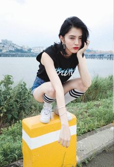 K Idol, Asia Girl, Korean Drama, Girl Crushes, Korean Girl, Asian Beauty, Korean Fashion, Dream Catcher, Lunch Box