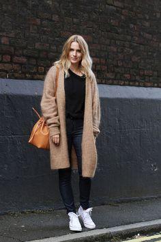 NEW IT BAG: MANSUR GAVRIEL BUCKET BAG: Time for Fashion waysify
