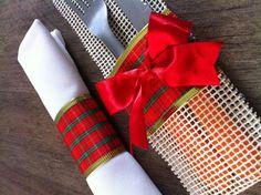 Conjunto porta talher e porta guardanapo tema natal. <br>Obs: Os talheres e o guardanapo não estão inclusos. Napkin Rings, Napkins, Home Decor, Xmas Ornaments, Creativity, Hand Crafts, Weather, Projects, Cloth Napkins