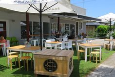 The Color Nine Cafe is a peaceful cafe located down a suburban side street on Brisbane's northside Brisbane Cafe, Outdoor Tables, Outdoor Decor, Great Coffee, Places To Eat, Outdoor Furniture, Colour, Drinks, Shop