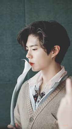 Park Bo Gum Wallpaper, Park Bogum, Korean Male Actors, Sexy Asian Men, Kim Jisoo, Style Grunge, Hair Reference, Attractive People, Male Face
