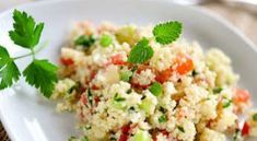 Tabbouleh house: fragrant, easy and fast - easyrec Mediterranean Couscous Salad, Diet Recipes, Healthy Recipes, Healthy Food, Salty Foods, Recipe Collection, Fried Rice, Healthy Habits, Entrees