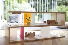 Qubis Haus is a dual purpose coffee table/dolls house. Could this solve the problem of clearing toys OFF the coffee table because they're already IN it? The coffee table transforms… Dreamhouse Barbie, Barbie Doll, Coffee Table Design, Coffe Table, Dining Table, Convertible Furniture, Sliding Panels, Small Space Solutions, Barbie Dream House
