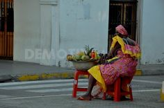 Selling Fruit on the streets of Cartagena250277
