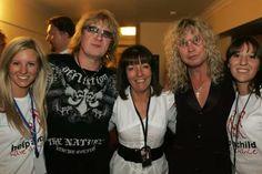 Joe and Sav supporting children's charity 2009.