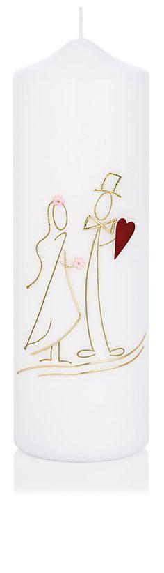 36,90€ Die Hochzeitskerze Nr. 13 ist verziert mit einem Hochzeitspaar. Die Kerze aus dem Hause Wiedemann hat eine Abmessung (H/DM) von 240/80 mm.    Im Preis ist die Kerze samt Verzierung und Ihrer individuellen Beschriftung mit Vornamen und Datum (z.B. Claudia & Martin 20.07.2013) enthalten.