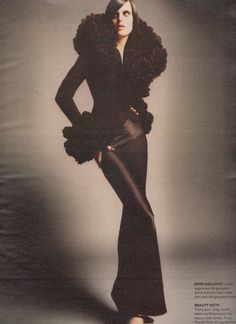 W Magazine July 1995 Stella Tennant in So Divine Photo By Satoshi Saikusa Edited by Michel Botbol Fashion Editor, 90s Fashion, Vintage Fashion, Vintage Style, Retro Vintage, John Galliano, Christian Dior, Nadja Auermann, Stella Tennant