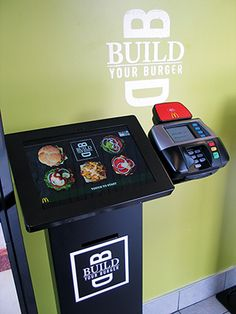 The touch-screen kiosk allows guests to order in English or Spanish. Photo: Lisa Jennings