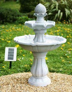 une jolie fontaine solaire zen extrieure en dmonstration