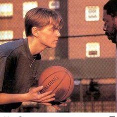 The Evolution of Leonardo DiCaprio - Basketball Leonard Dicaprio, Young Leonardo Dicaprio, Beautiful Boys, Pretty Boys, Cute Boys, Liam Hemsworth, Titanic, Brad Pitt, Evolution