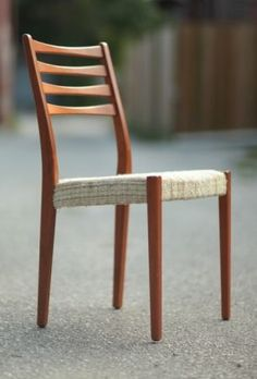 Toronto: 6 Mid Century Teak Dining Chairs (Table Avail.) $495 - http://furnishlyst.com/listings/482649
