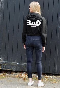 BAD LONDON STYLISH CROPPED HOODIE