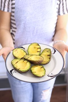 The Healthy Maven | HOW TO GRILL AVOCADOS + LIFE-CHANGING GRILLED AVOCADO TOAST