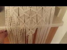 Tutorial de macrame clase # 8 - YouTube Card Weaving, Macrame Tutorial, Tear, Architecture, Crochet, Youtube, Crafts, Ropes, Stitches