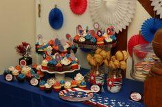 A patriotic dessert table