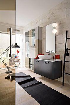 Sexy bathroom tenden