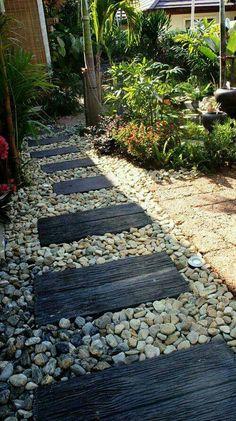 Related image Herb Garden, Side Garden, Garden Paths, Garden Beds, Garden Art, Home And Garden, Front Yard Landscaping, Backyard Pavers, Garden Projects