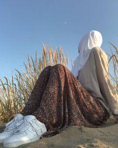 Modest Fashion Hijab, Hijab Chic, Muslim Fashion, Hijabi Girl, Girl Hijab, Hijab Outfit, Beautiful Hijab Girl, Hijab Fashionista, Hijab Fashion Inspiration