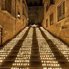Estelada amb Espelmes - Encén la Flama a Girona Escales de la pujada de Sant Domènec - 15 de març 2013 #estelada #catalunya #girona