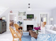 Tour Designer Rebecca Taylor's Charming Beach House via @mydomaine