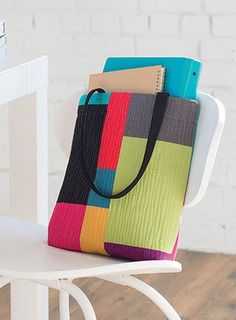 An Easy Modern Quilted Tote Project by Nicole Maroon