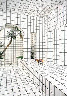 Jean Pierre Raynaud / square pattern / art / interior