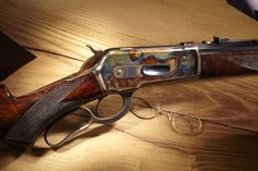 Winchester Model 1886 – Theodore Roosevelt won a tennis match in the… Rifle Stock, Lever Action Rifles, Fire Powers, Hunting Rifles, Cool Guns, Le Far West, Firearms, Shotguns, Guns And Ammo