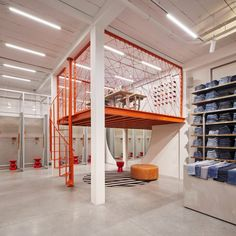 VEVS is a studio based in Amsterdam with focus on interior design. Industrial Office Design, Industrial Architecture, Office Interior Design, Office Interiors, Interior Architecture, Warehouse Living, Warehouse Design, Warehouse Office, Warehouse Renovation