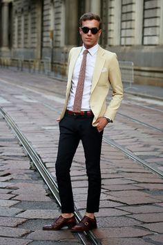 A gravata ponta reta é um dos modelos mais polêmicos de gravatas.