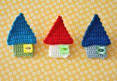 crochet house brooch