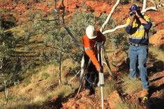 Rock shelters reveal secrets of ancient human movement through Western Australia's Pilbara