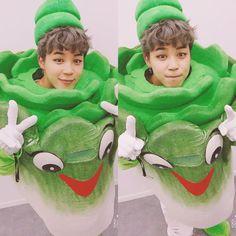 Omfg why is he so cute