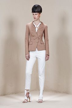 Ports 1961 | Resort 2015 | 05 Beige blazer and white cropped trousers
