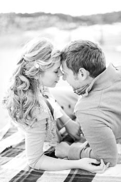 3 Easy Techniques To Create Sexual Attraction… Winter Engagement, Engagement Couple, Engagement Pictures, Engagement Shoots, Country Engagement, Picnic Engagement, Beach Engagement, Couple Photography, Engagement Photography