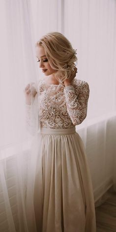 9 Vintage Wedding Dresses 1920s You Never See ❤️ vintage wedding dresses 1920s lace long sleeves high neck natalie wynn ❤️ Full gallery: https://weddingdressesguide.com/vintage-wedding-dresses-1920s/ #bride #wedding #bridalgown