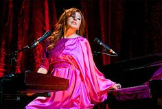 "Tori Amos ""Night of Hunters"" tour"